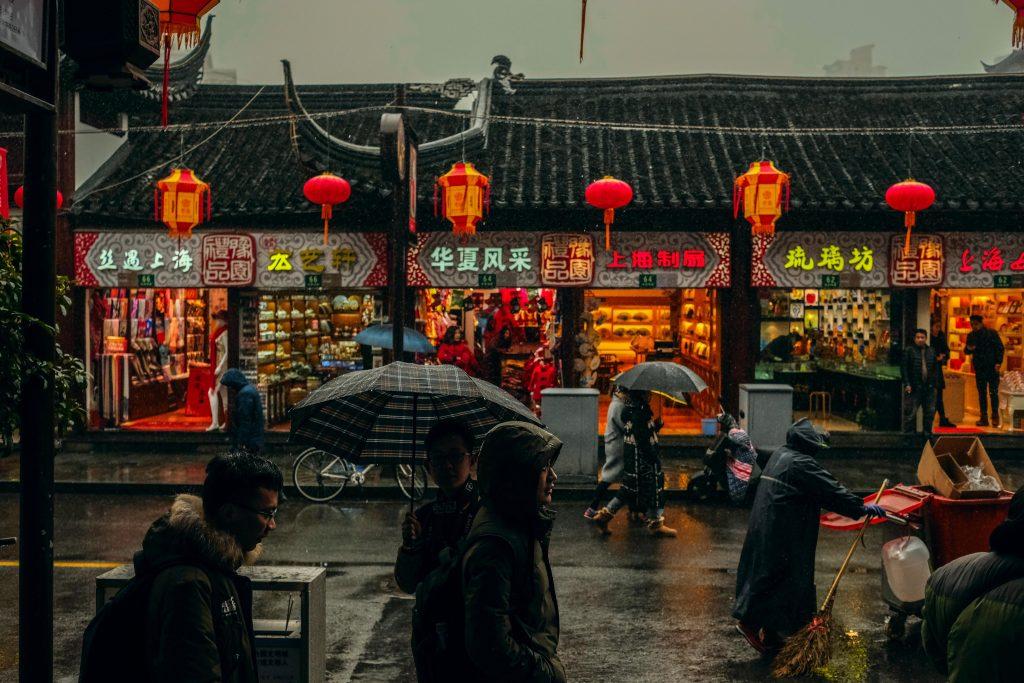 Importaciones chinas crecen en el orden de 2.400 millones de litros equivalentes en el semestre